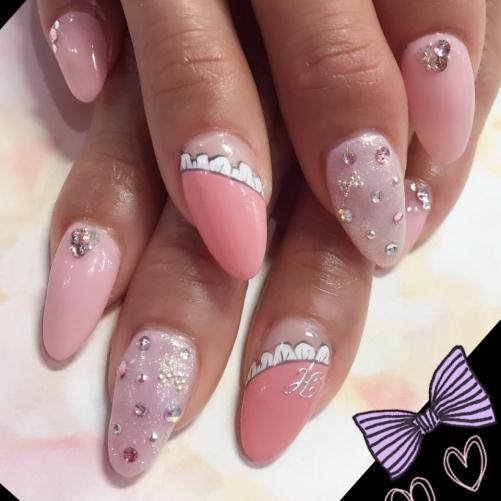 ピンク♡フリルネイル