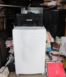 マンション6階現場、東松山市便利屋お引越しゴミ、不用品。