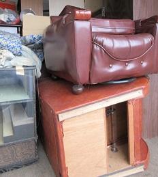 東松山市のかたづけ、家具、電化製品、大量の不用品回収です。