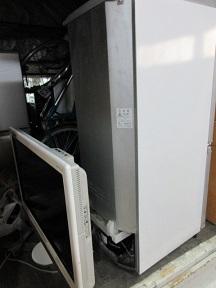 寄居町の便利屋さん、引越しゴミ、家電不用品回収。