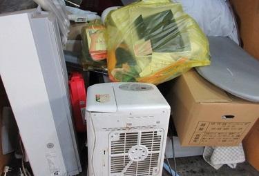 群馬太田市の引越し、退去、不用品エアコン回収。