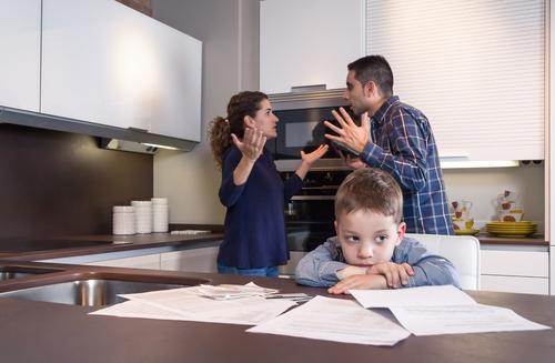 夫婦の不仲が「子どもの成績の悪化」に与える悪影響3つ