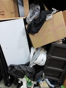 東松山お片付け、学生寮の大量ゴミ回収。