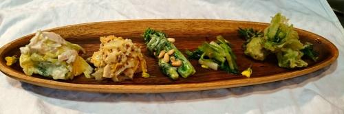 八ヶ岳から春野菜と山菜盛り合わせ