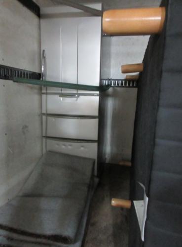 東松山市便利屋、冷蔵庫やベッド、家具家電の回収です。
