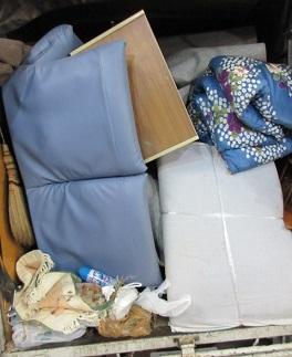 退去にともなうアパートのお片付け、引越しゴミ、深谷市。
