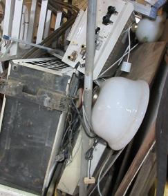 エアコン、給湯器取外し撤去、処分回収です。