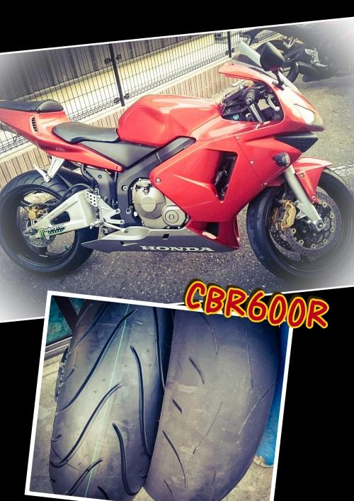 CBR600Rオレンジ色のバイクのタイヤ交換