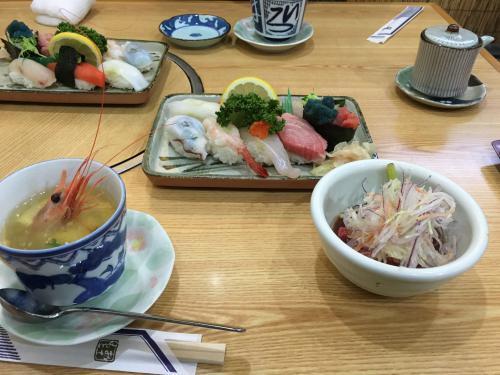 回らないお寿司デビュー・渡辺通