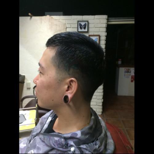 刈上げ ぼかし barber tattoo 新潟 古町