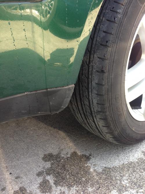 タイヤ交換 名古屋 自動車修理 板金塗装