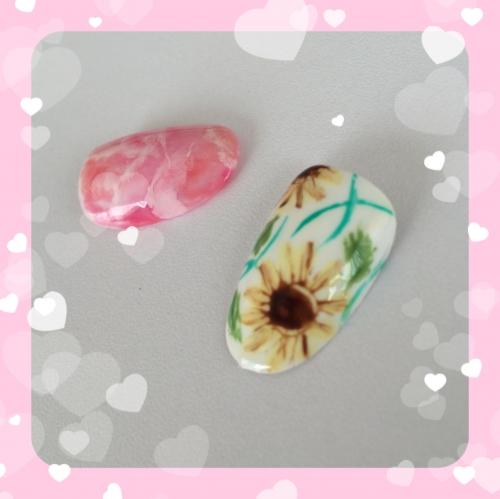 ひまわりネイル☆天然石ネイル
