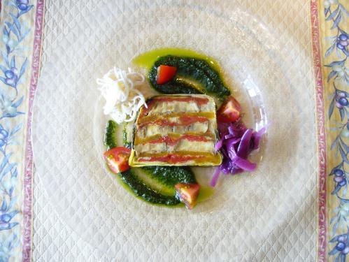 初夏のオススメ「南仏野菜のテリーヌ、ハーブのソース」