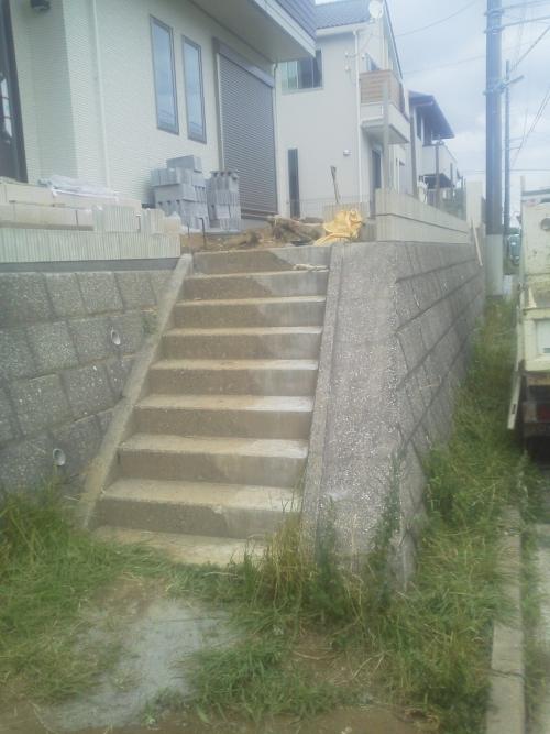 横浜市港南区日野で外構工事。