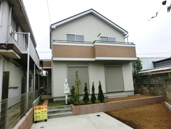 上尾市春日 日当り良好 買物便利な新築戸建 仲介手数料無料