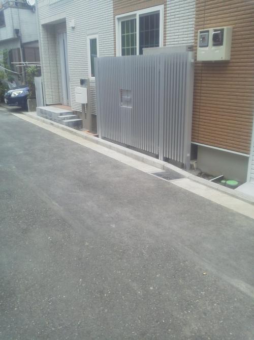 鶴見区下末吉で外構工事。