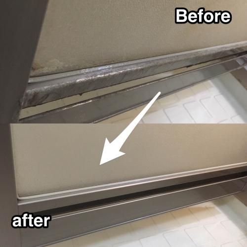 浴室扉のガチガチ水垢汚れ除去