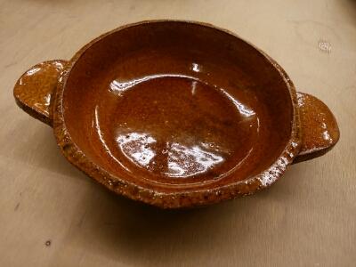 秋到来、土鍋作りが始まりました。国立けんぼう窯。