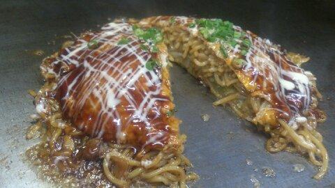 笠間市役所周辺ランチのお店お昼ご飯に広島焼き食べてみて