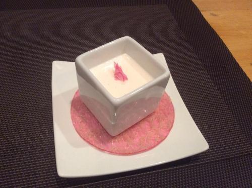 桜のブラマンジェ☆春の新作デザート♪
