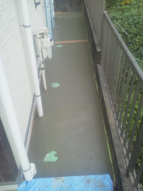 神奈川区白幡仲町でコンクリート工事。