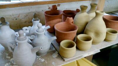 陶芸教室 国立けんぼう窯。忘年会の景品作り。3種類の粘土で。