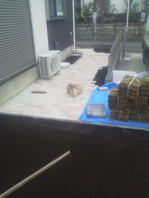 戸塚区小雀で造園工事。