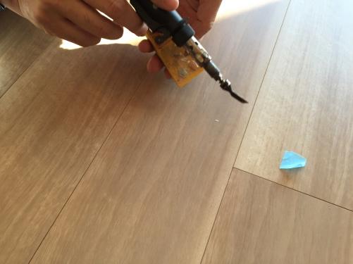 横須賀市ハイランドで床のコーティングと補修をさせて頂きました