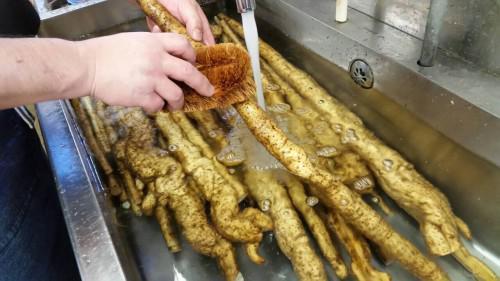 自然薯の皮はそのままにして~洗い編~