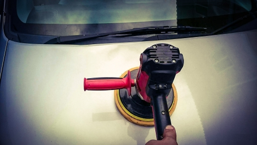 HONDAライフダンクの車体磨き