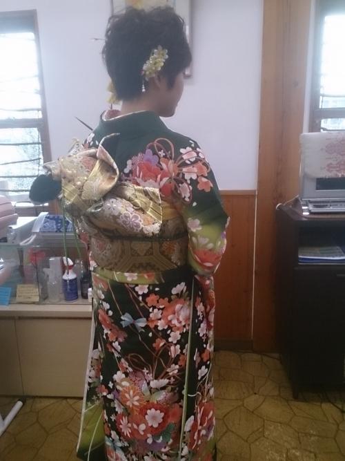 津山市の成人式は雨。ショートでも振り袖可愛い☆