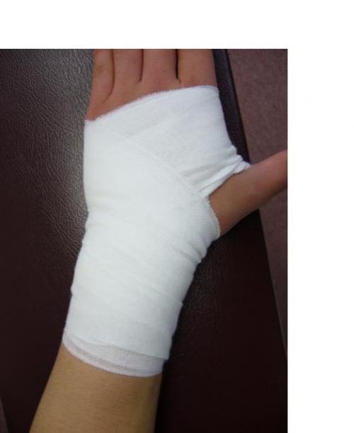 手首の痛み(テニス、卓球、野球など)