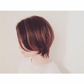 代官山 中目黒美容室 ショートヘア で立体感カラー