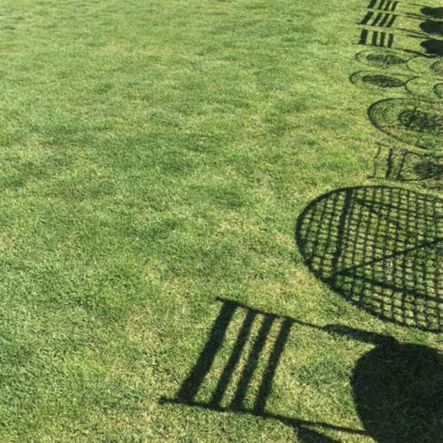 撮影スタジオ:ガーデンの芝生のようす