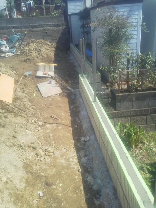 栄区で外構工事。