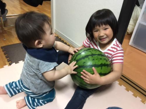 初夏と西瓜と子どもたち