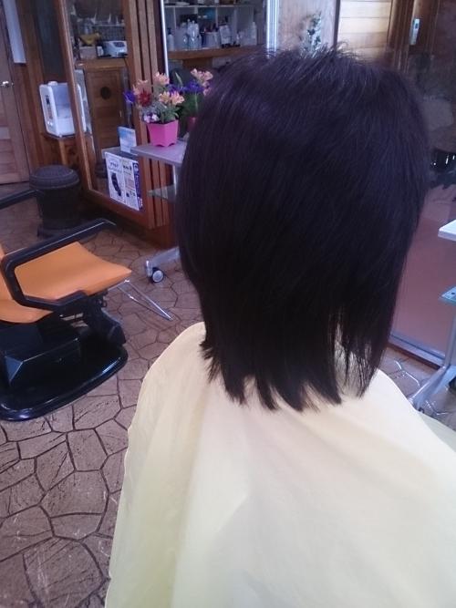 いつものヘアスタイルをこの夏変えましょう。