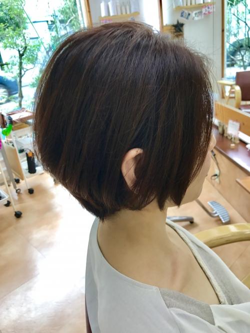 髪色をトーンダウンして秋カラーに☆ 調布美容院