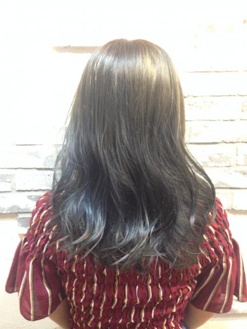 イルミナカラー × ツヤ・透明感・柔らかさ