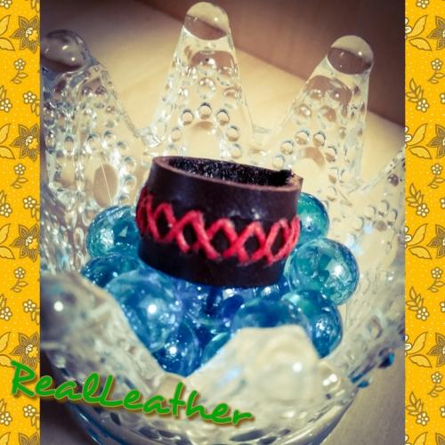 リアルレザー☆革の指輪、赤糸ばってん縫い
