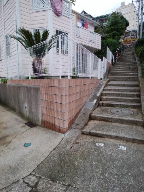 港南区で外構工事。