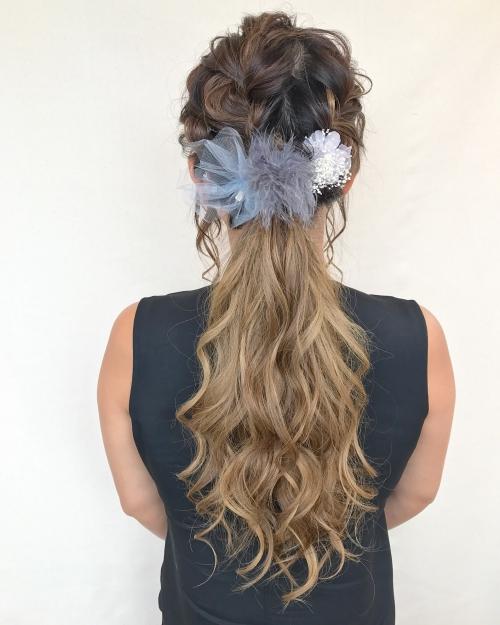 結婚式 お呼ばれヘア ポニーテール グラデーションカラー