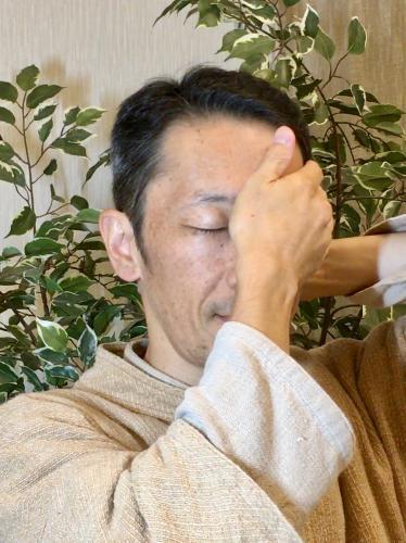 辛い頭痛:眼球運動で改善させる