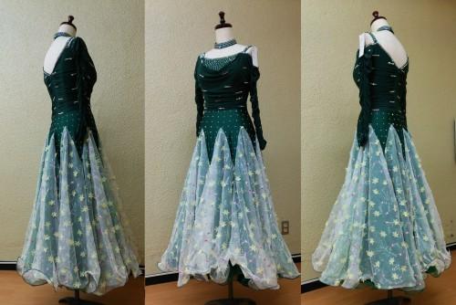 緑色のドレス