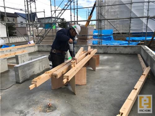 北海道の新築注文住宅!棟梁のお仕事!職人技が光ります!