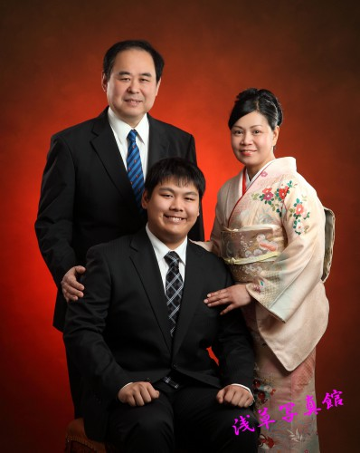 家族の記念撮影は着物レンタル無料の浅草写真館で!