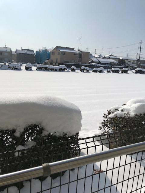 雪 託児 駅近