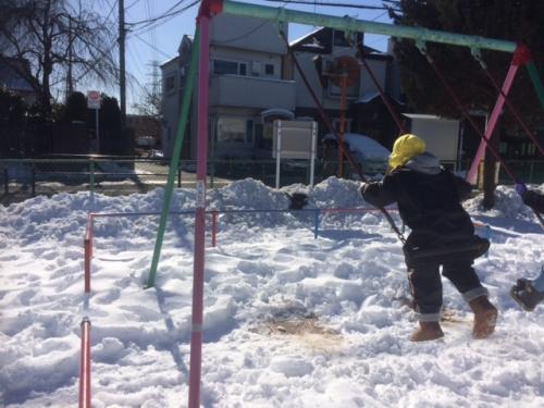 雪遊び 保育 一時預かり
