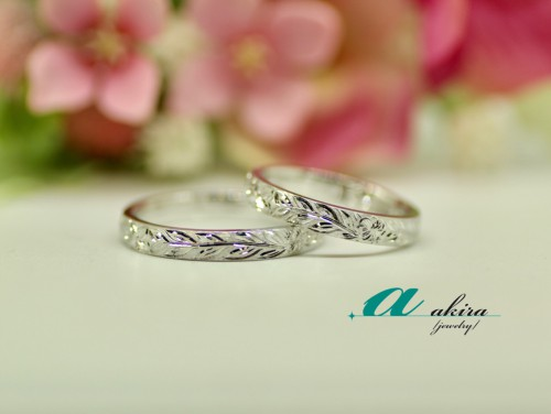 茂原市からお越しのお客様K18ホワイトゴールドで結婚指輪