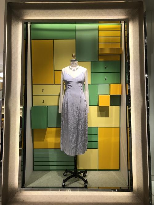 新宿 百貨店装飾